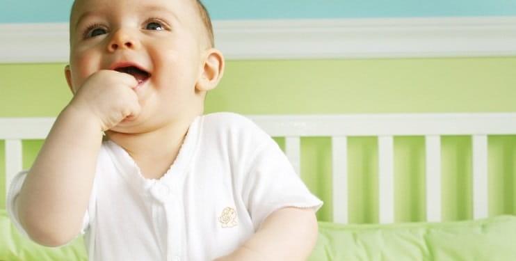 râzând un copil ca înlocuitor viermi tâmplă la oameni