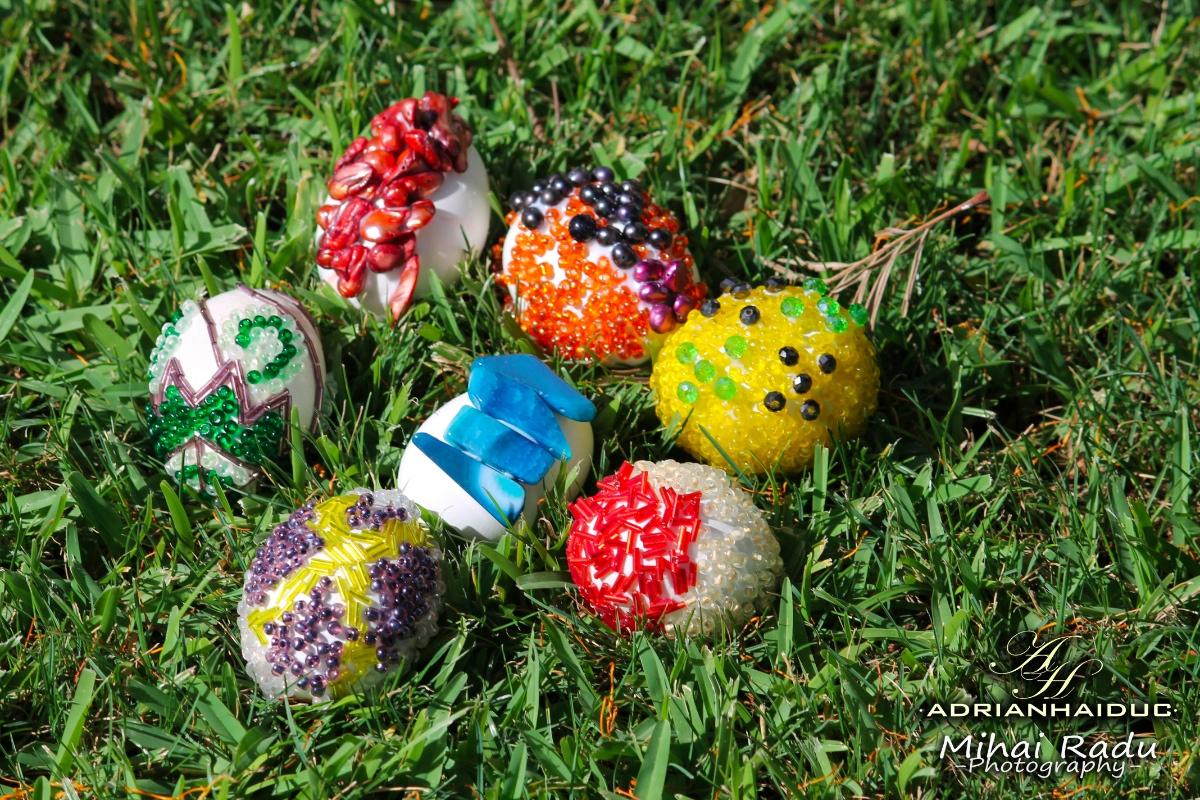 Oua decorative de Pasti , handmade pentru Paste, din margele